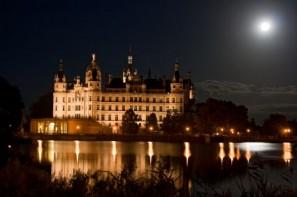 Schwerin, Schloß bei Nacht